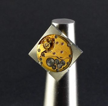 Ring Steampunk Gelbes Gold Quadrat