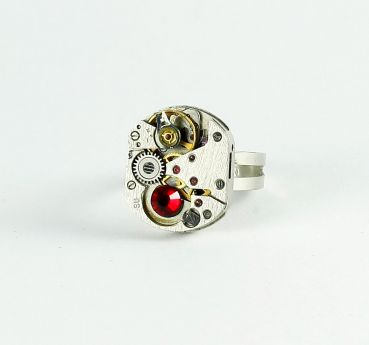Ring Steampunk mit Rot
