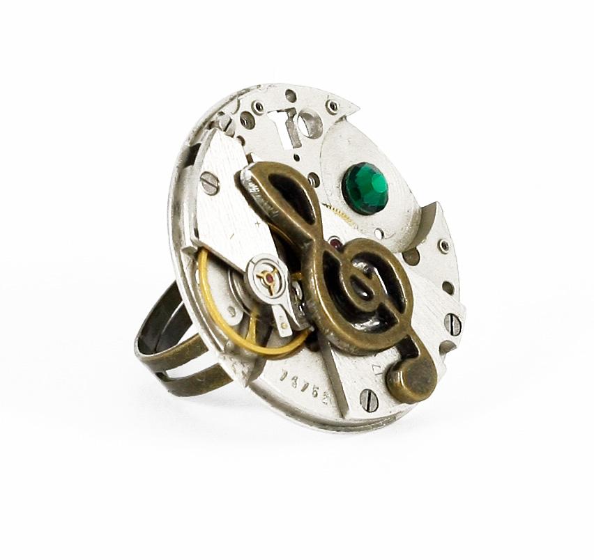 Ring Steampunk Violinschlüssel rund mit Grün | Bernhardt Style ...