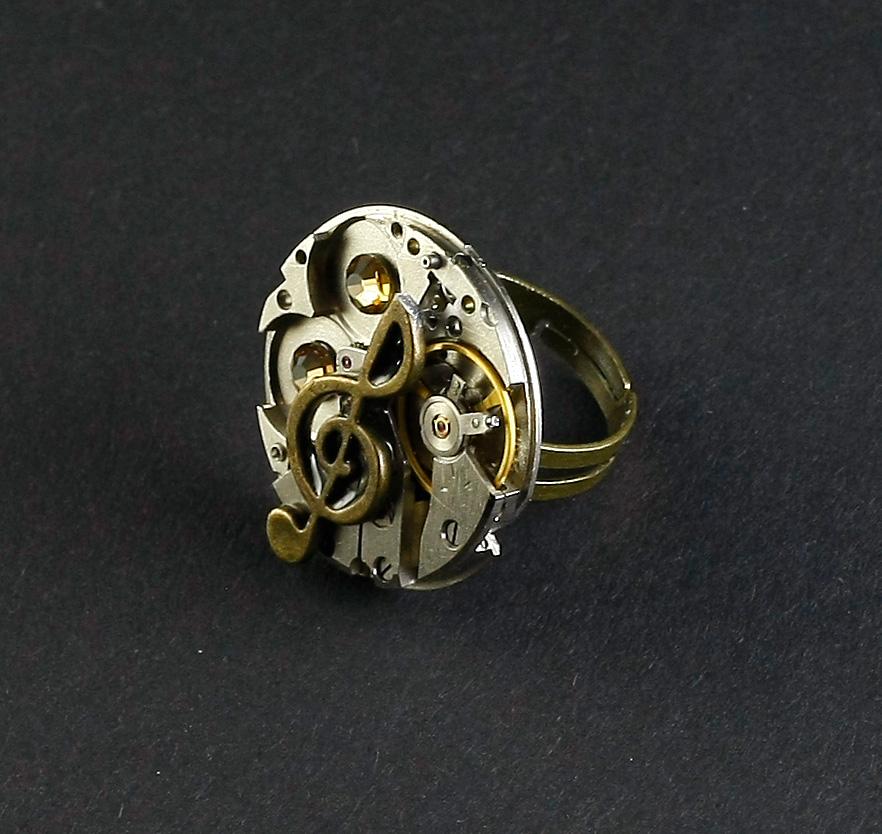Ring Steampunk Violinschlüssel Rund mit Gold | Bernhardt Style ...