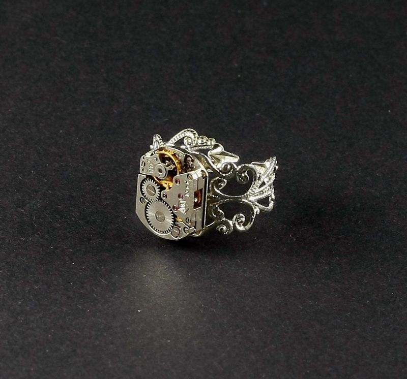 Ring Steampunk Fein in Silberfarbe