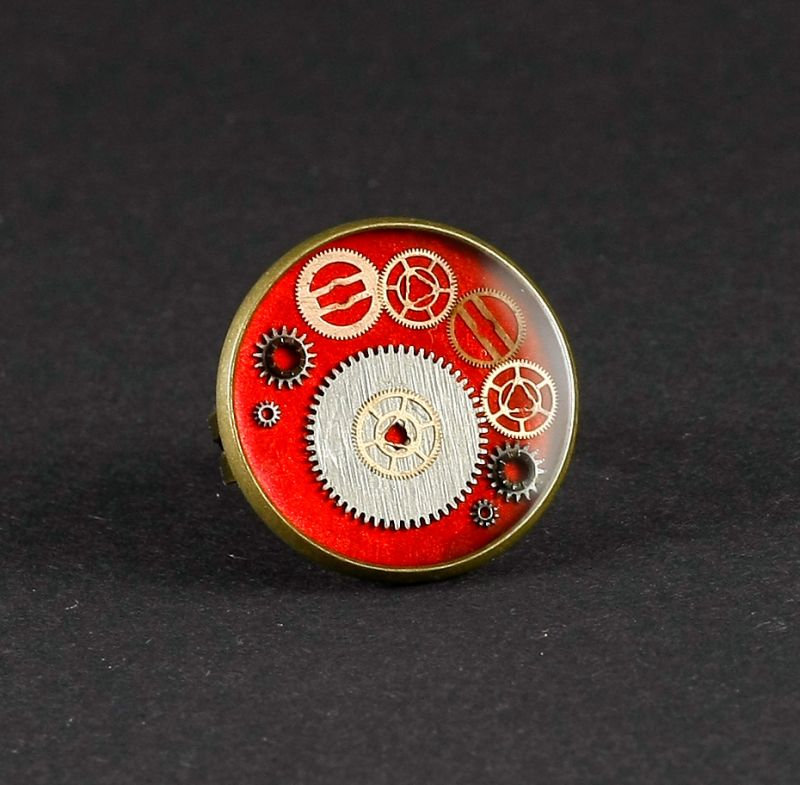 Ring Steampunk in Rot